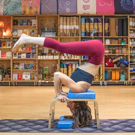 Postura Yoga Invertida