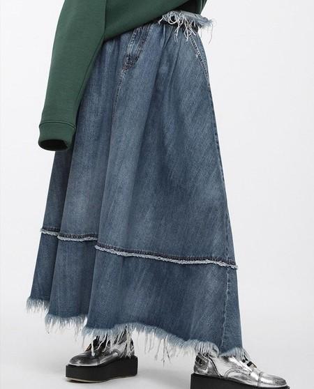 7accf19839 falda plisada color dorado. Falda de mujer Diesel larga ...