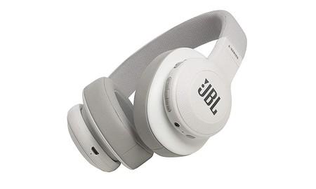 ¿Quieres unos auriculares Bluetooth de diadema a un precio estupendo? Ahora Amazon te deja los JBL E55BT por sólo 78,52 euros