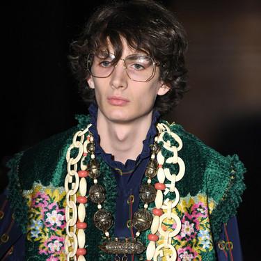 Gucci se inspira en la psicodelia de los cantantes top de los setentas para su colección Primavera-Verano 2019