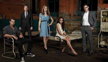 Cosmopolitan se apunta también a la moda británica con 'Bedlam' y 'South Riding'