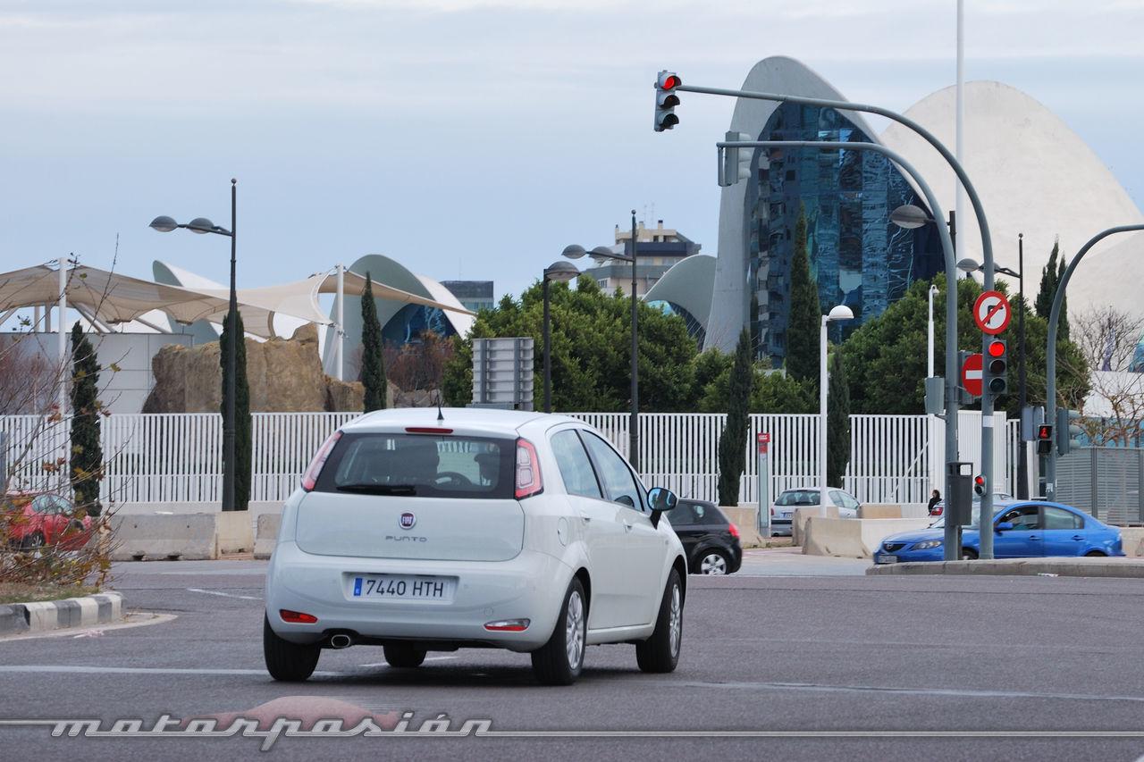 Foto de Fiat Punto 1.4 GLP (prueba) (18/70)