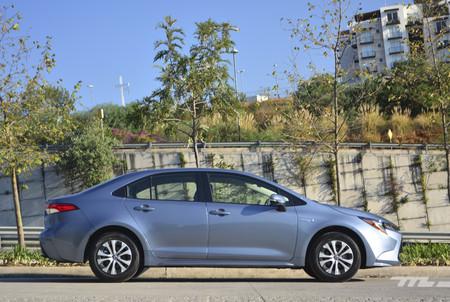 Toyota Corolla Hybrid 2020 7