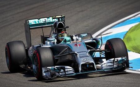 Nico Rosberg suma la cuarta victoria en casa. Lewis Hamilton minimiza daños