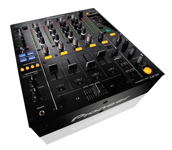 La Pioneer DJM-850 presume de tarjeta de sonido integrada