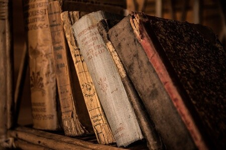 Old Books 436498 640