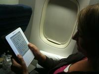 Más aerolíneas en EUA permiten uso de dispositivos electrónicos ¿cuándo en México?