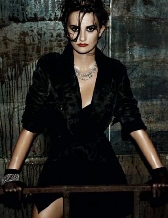 Foto de Penélope Cruz increíblemente sexy en la portada de Interview (2/3)