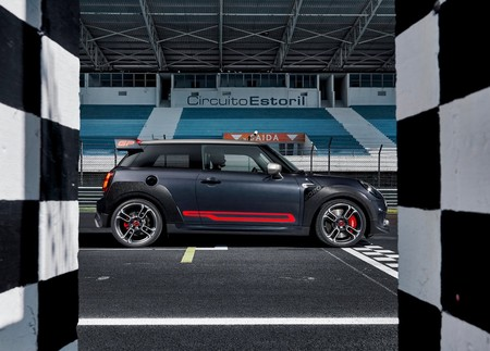 Mini John Cooper Works Gp 2020 1600 03