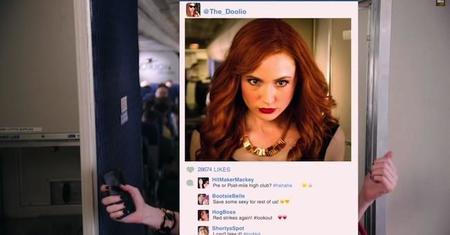 Amelia Pond se apunta a la moda del 'Selfie'