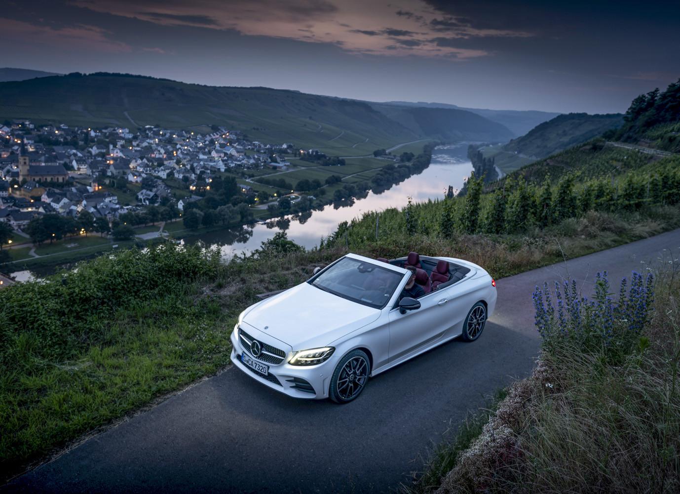 Foto de Mercedes-Benz Clase C 2018, toma de contacto (76/255)