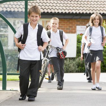 Los niños franceses regresarán a clase a partir del 11 de mayo, de manera progresiva, por edades y en grupos pequeños