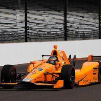 Fernando Alonso sorprende en su primer test con un Indycar