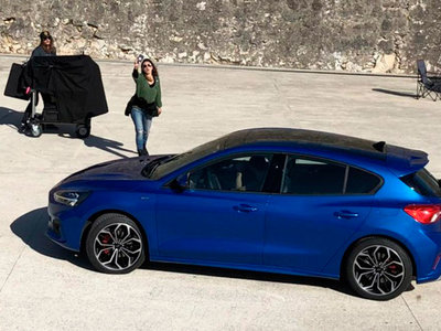 El Ford Focus 2019 se asoma: cazado antes de tiempo y sin camuflaje