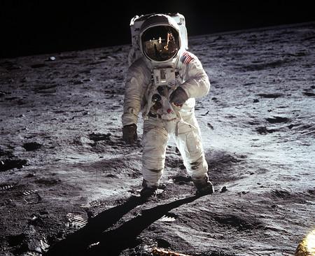 Moon Landing 60582 1280