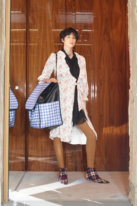 00026 Balenciaga Vogue Pre Fall 2018 Pr
