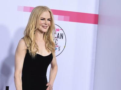 La alfombra roja al completo de los Premios AMA's 2017, ¿con qué look te quedas?