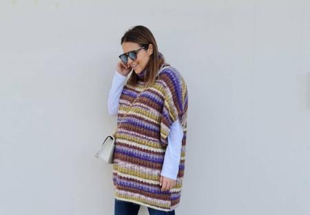Paula Echevarría estrena la nueva colección de Mango con este jersey de punto tan calentito y zapatillas bota de lujo