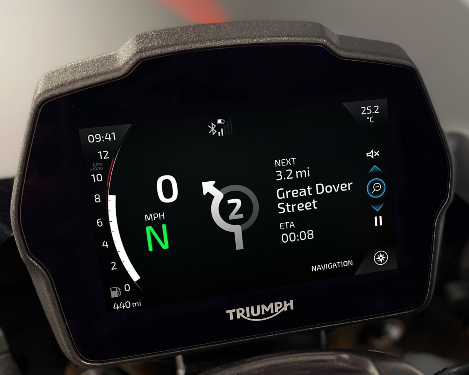 Foto de Triumph Speed Triple 1200 RS 2021 (69/71)