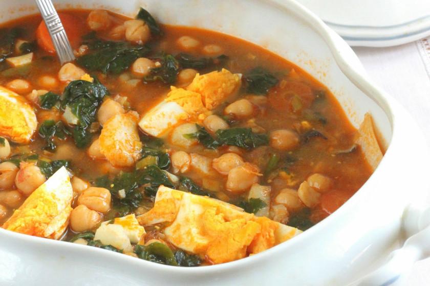 Media docena de recetas con legumbres y otros tantos utensilios para cocinarlas