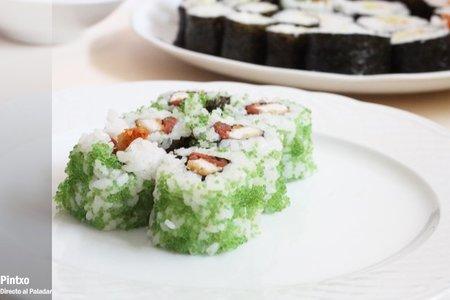 Receta de uramaki de pez volador con wasabi, pollo panko y umeboshi