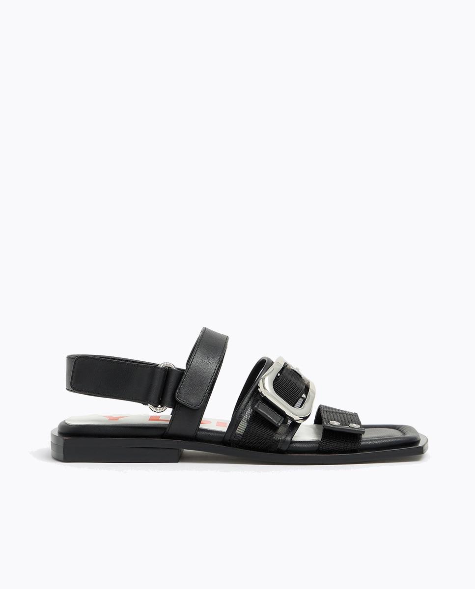 Sandalias planas de mujer Bimba y Lola de piel en color negro