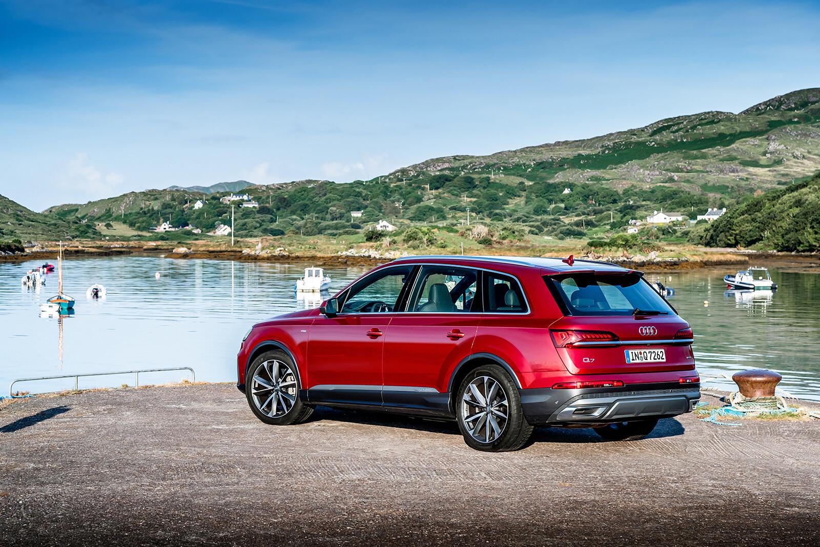 Foto de Audi Q7 2021 (18/30)