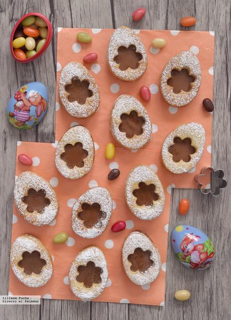 Galletas huevos de Pascua con chocolate. Receta de Semana Santa