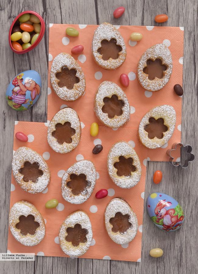 Galletas huevos de Pascua con chocolate