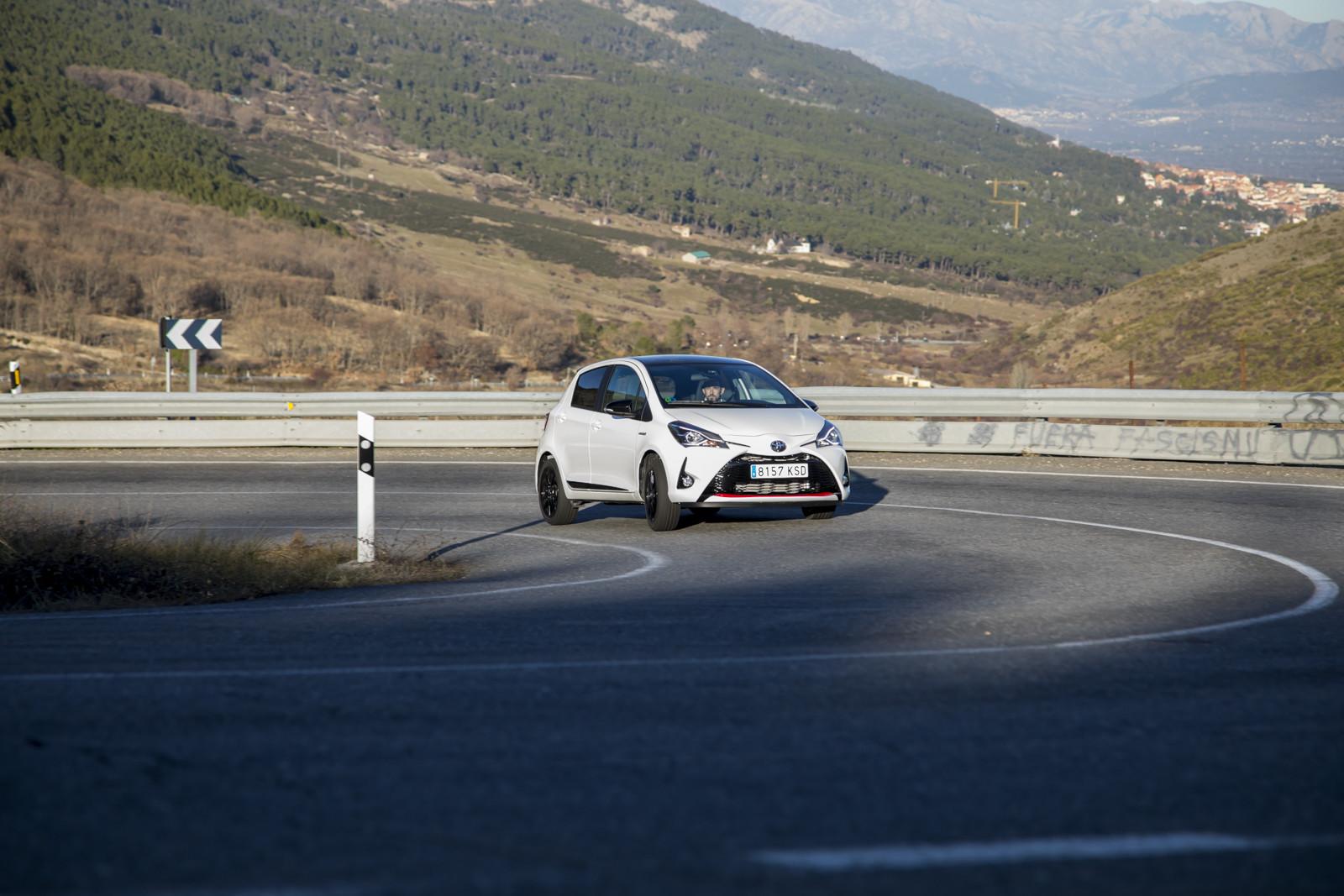 Foto de Toyota Yaris GRT Sport - Acción (5/21)