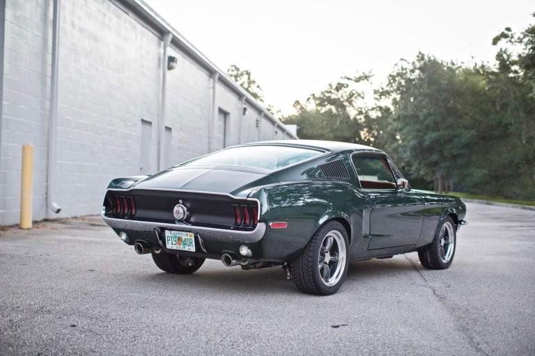 Foto de Ford Mustang 68 por Revology (2/9)