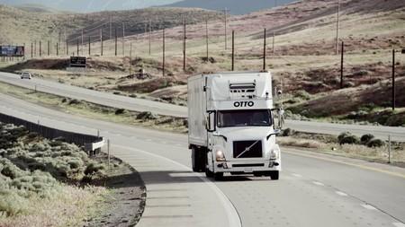 Uber abandona su proyecto para desarrollar camiones autónomos tras gastar una millonada en Otto