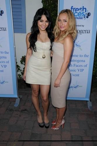 Vanessa Hudgens y Hayden Panettiere juntas: el nude triunfa