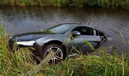 Audi R8 encharcado