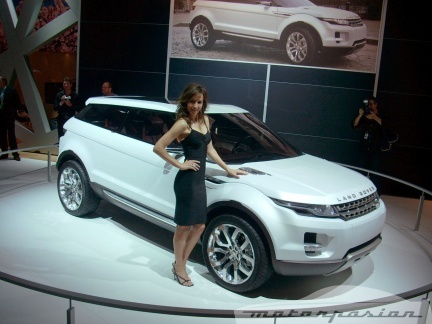 Land Rover celebra su 60 aniversario en el Salón de Madrid