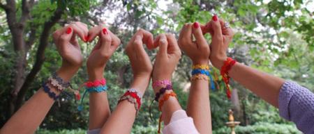 Cruciani, las pulseras de moda para el verano 2012