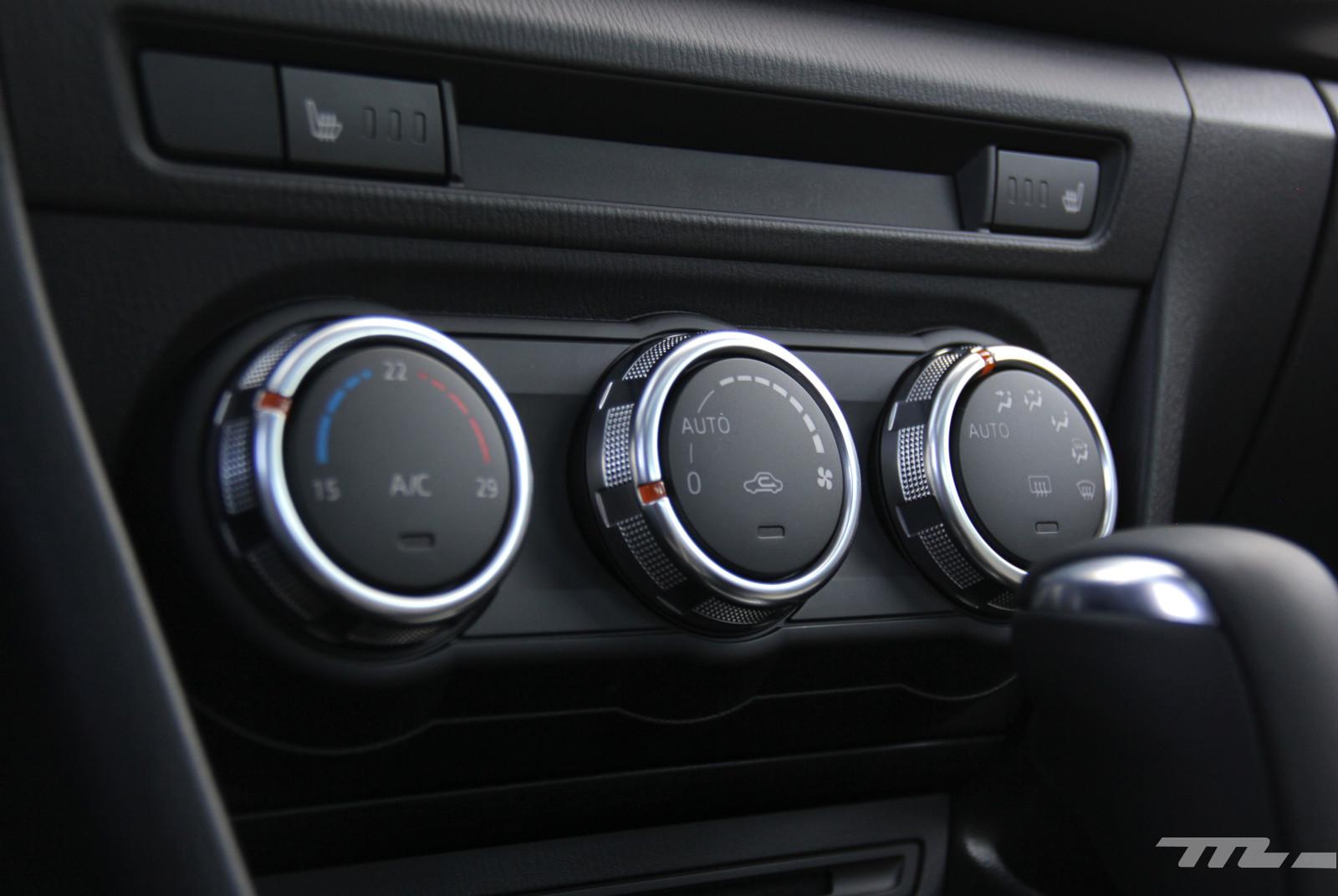 Foto de Comparativa: Mazda3 vs. Nissan Sentra vs. Toyota Corolla vs. Volkswagen Jetta (13/60)
