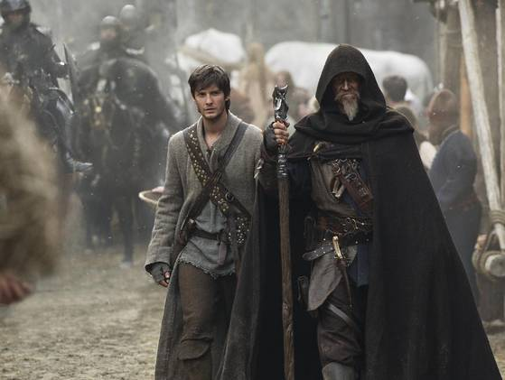 Ben Barnes y Jeff Bridges en El Aprendiz del Espectro (Seventh Son)