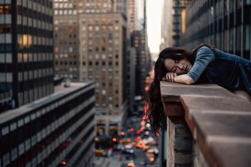 """""""Me noto cansado todo el tiempo"""": siete razones que pueden estar influyendo en tu sensación de descanso y energía"""