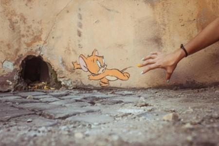 Obras interactivas de arte urbano en algunas calles en Italia