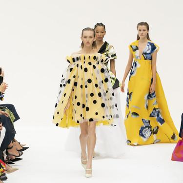 Clonados y pillados: el vestido más original de Carolina Herrera llega a Sfera por mucho menos