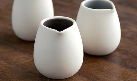 Viste tu cocina con estos elegantes utensilios de porcelana blanca