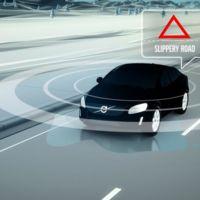 Volvo cree que en 5 años ningún conductor morirá con sus coches conectados