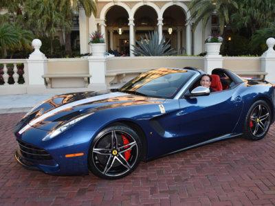 Esta es la cara que se te queda cuando te entregan el Ferrari F60 América de tres millones de euros
