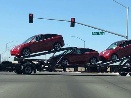 El Tesla Model Y, más cerca: varias unidades del SUV eléctrico han sido cazadas en Fremont, California