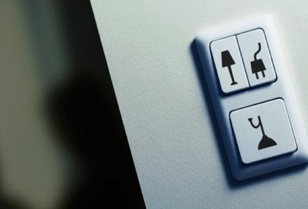 Una buena idea: identifica tus interruptores con pegatinas