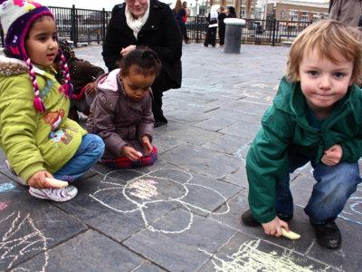 Nos lo olíamos y es terrible: los niños pobres crecen con un cerebro más pequeño