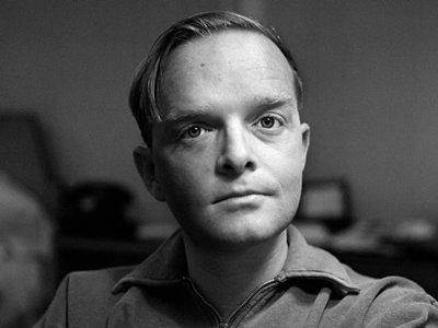 Venden las cenizas de Truman Capote por 45.000 dólares