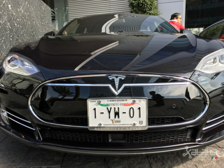 Tesla Model S Mexico 16