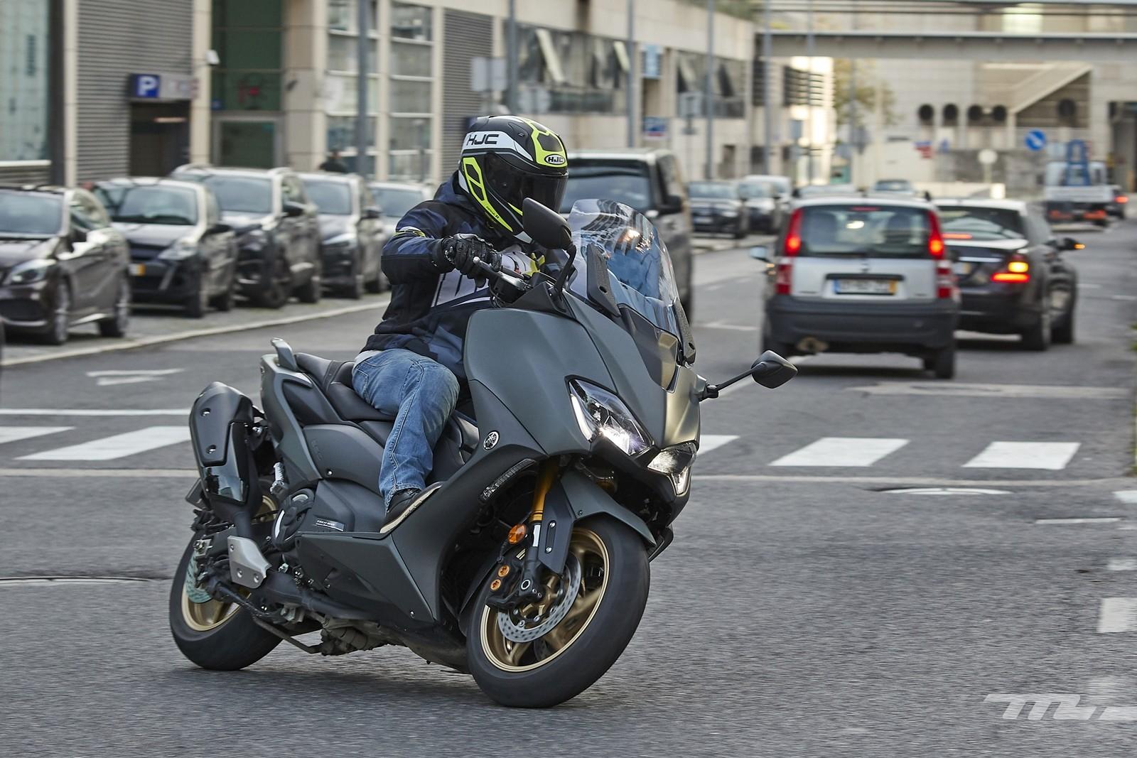 Foto de Yamaha TMAX 560 2020, prueba (29/30)